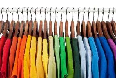 Выборы оптового поставщика модной одежды